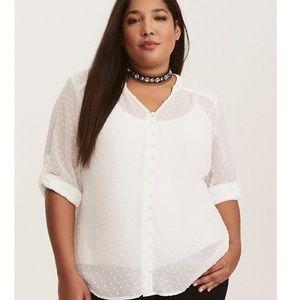 🆕 Torrid textured stitch button front blouse sz 2
